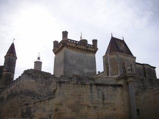 sommieres_town_castle.jpg