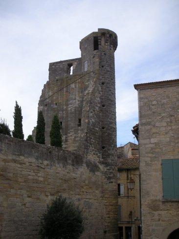 sommieres_town_castle_2.jpg