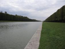 versailles_gardens_grand_canal.jpg