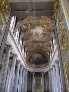 versailles_palace_chapel.jpg