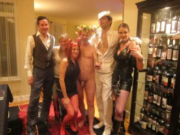 group_with_naked_guy_2