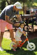 ege_anisa_riding_bike