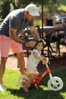 ege_anisa_riding_bike