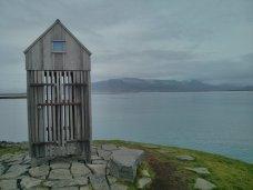 thufa_mound_hut_harbor