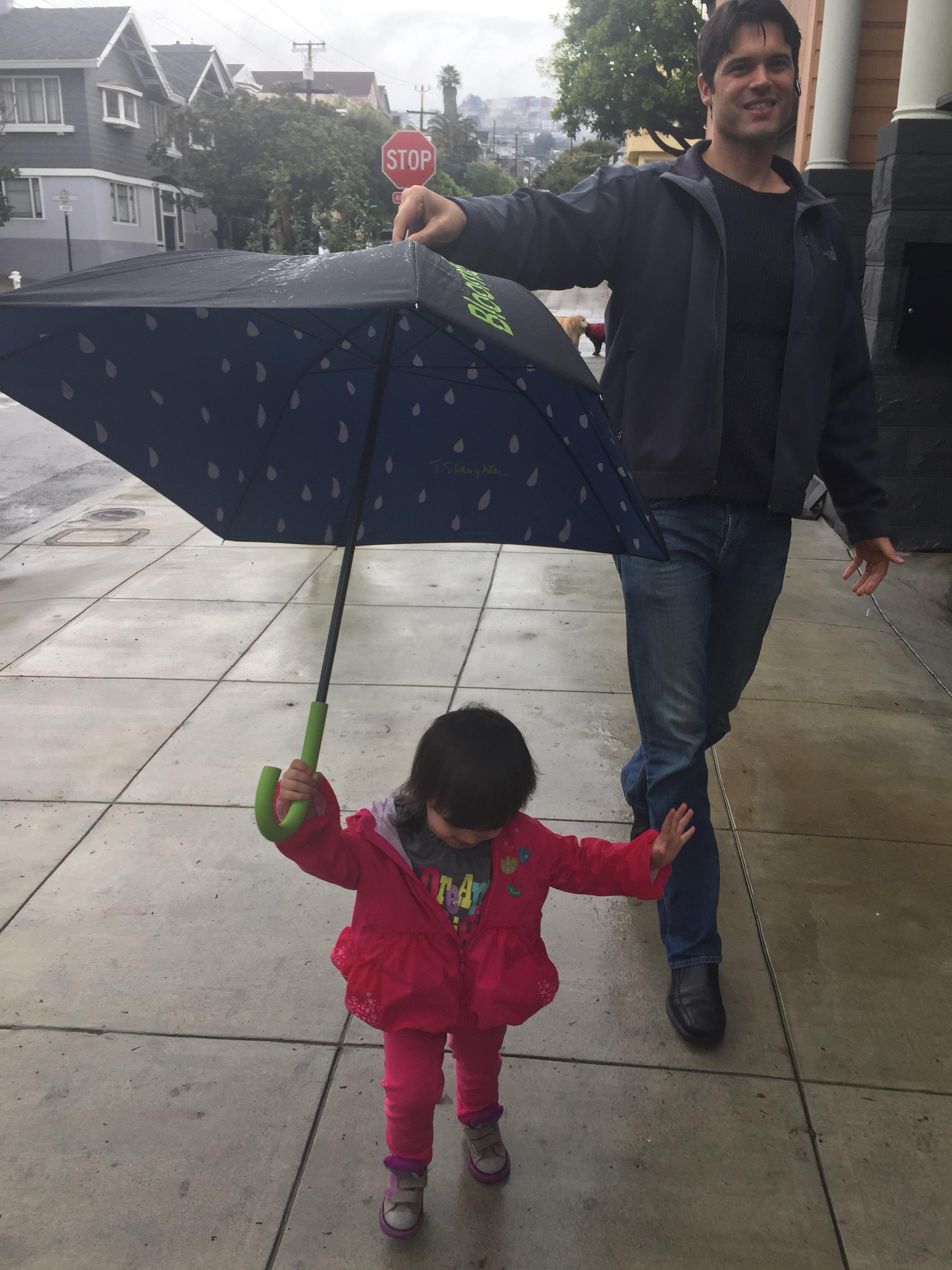 holding_umbrella_2