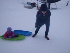 sledding_vanessa_pulls