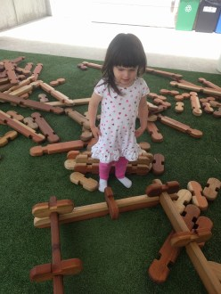 creativity_museum_outside_lincoln_logs