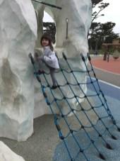 playground_rope_ladder_2