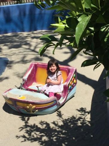 santa_rosa_outside_boat