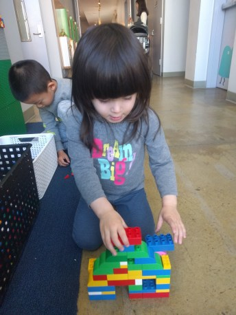 building_legos_at_childrens_creativity_museum