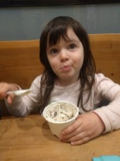 eating_ice_cream_2