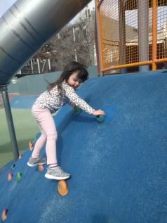 playground_rock_climbing