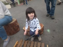 sausalito_childrens_museum_playing_xylophone