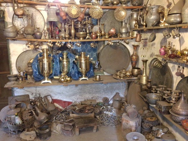 Lahic coppersmith workshop