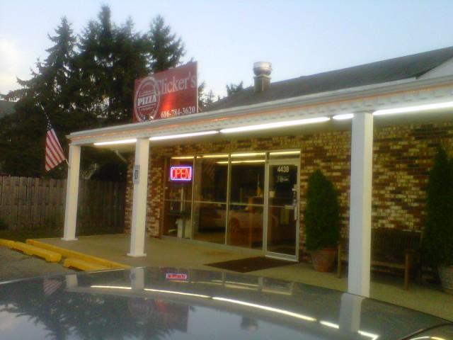 Clicker's Pizza in Comstock Park, MI! (3/6)