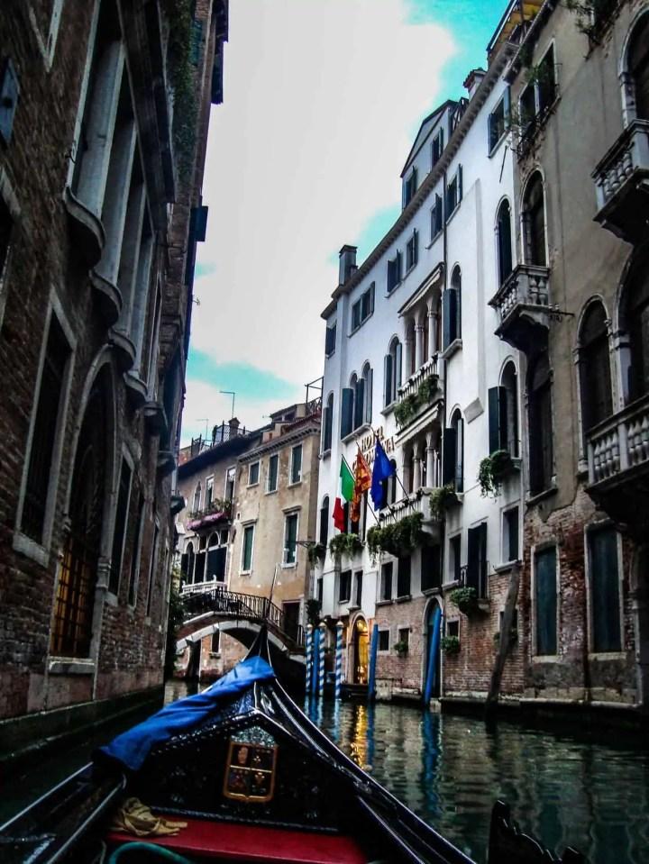 architecture-boat-bridge-981709