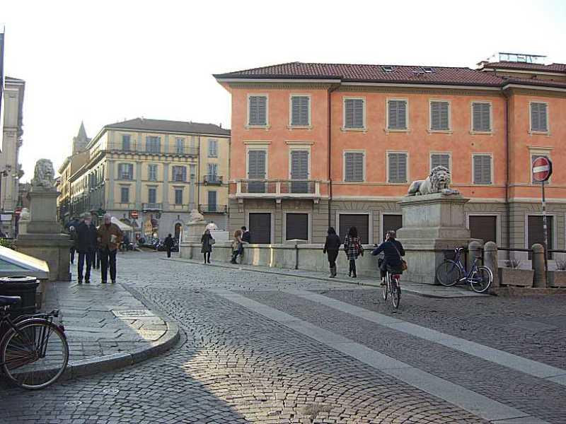 Monza ponte dei Leoni verso il centro Snazzy Trips