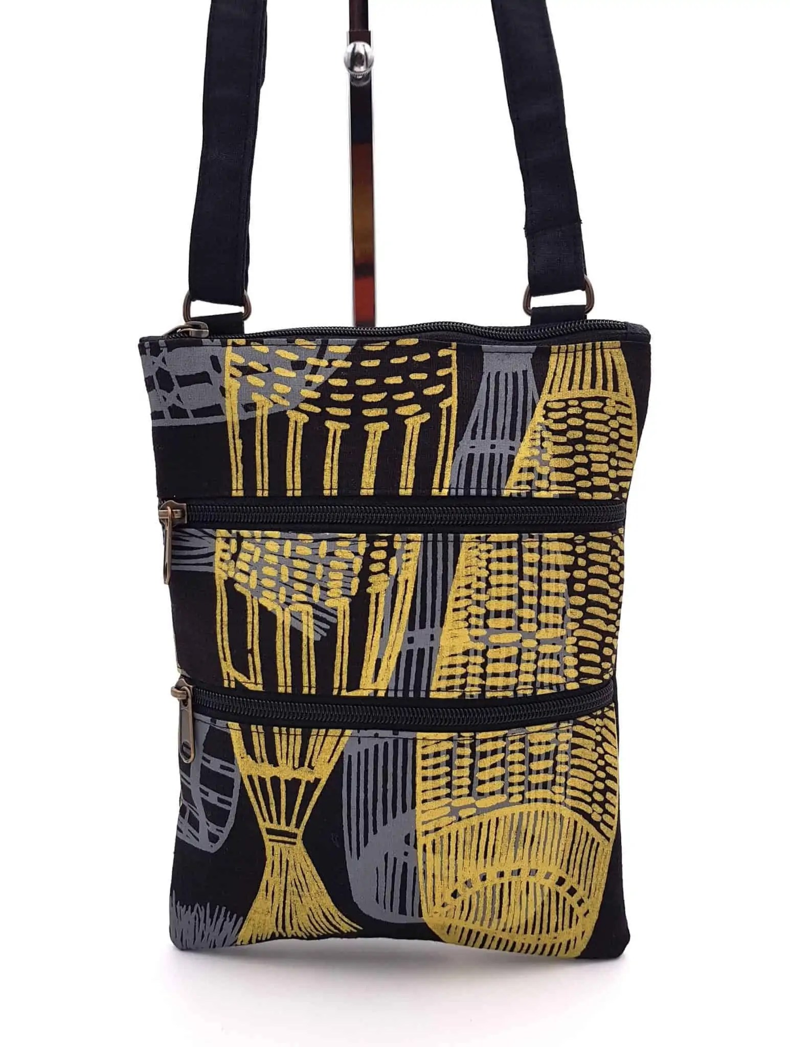aboriginal fish bag 1 scaled Snazzy Trips
