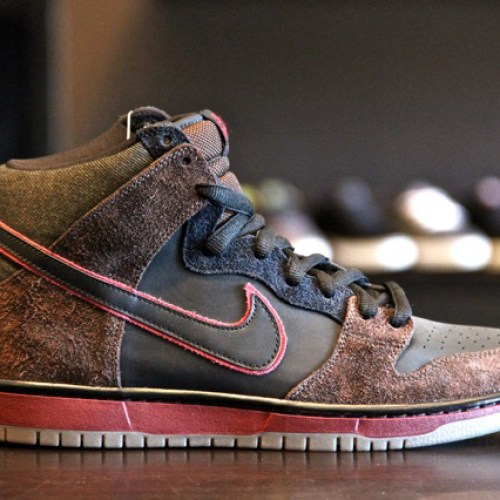 Brooklyn Projects x Nike SB Dunk High – Reign In Blood