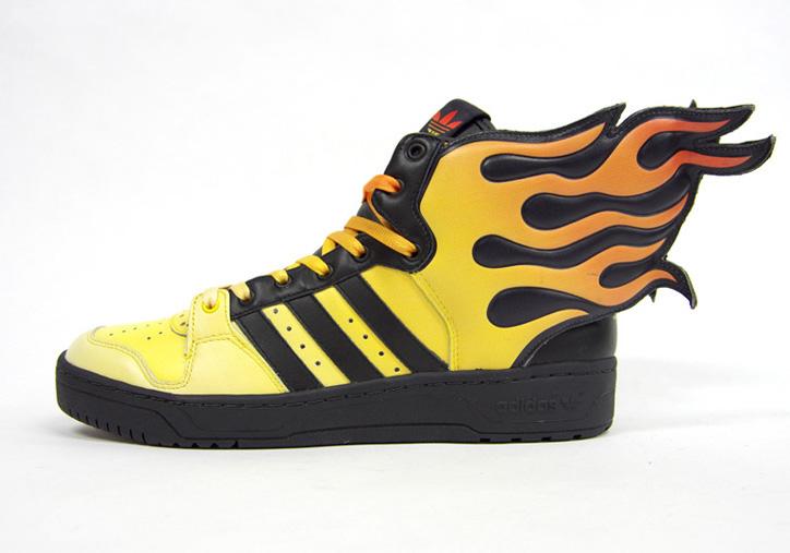 Photo03 - adidas