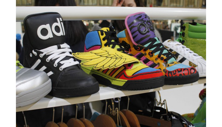 official photos cc5eb 7ca72 Photo02 - JEREMY SCOTT x ADIDAS ORIGINALS FALL WINTER 2012