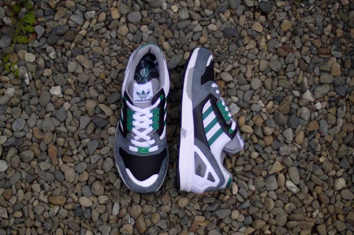 Photo08 - mita sneakers x adidas Originals LAWSUIT MITA / ZX8000 MITA