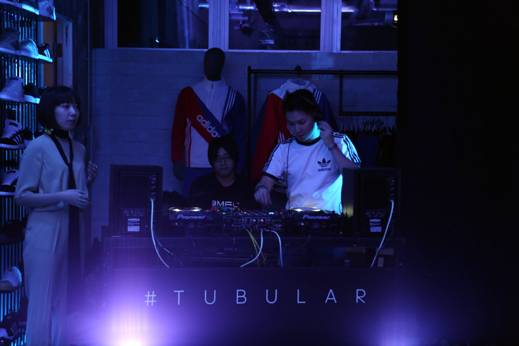 Photo08 - アディダス オリジナルスから2016春夏シーズン、TUBULARフルラインナップが一斉発売開始