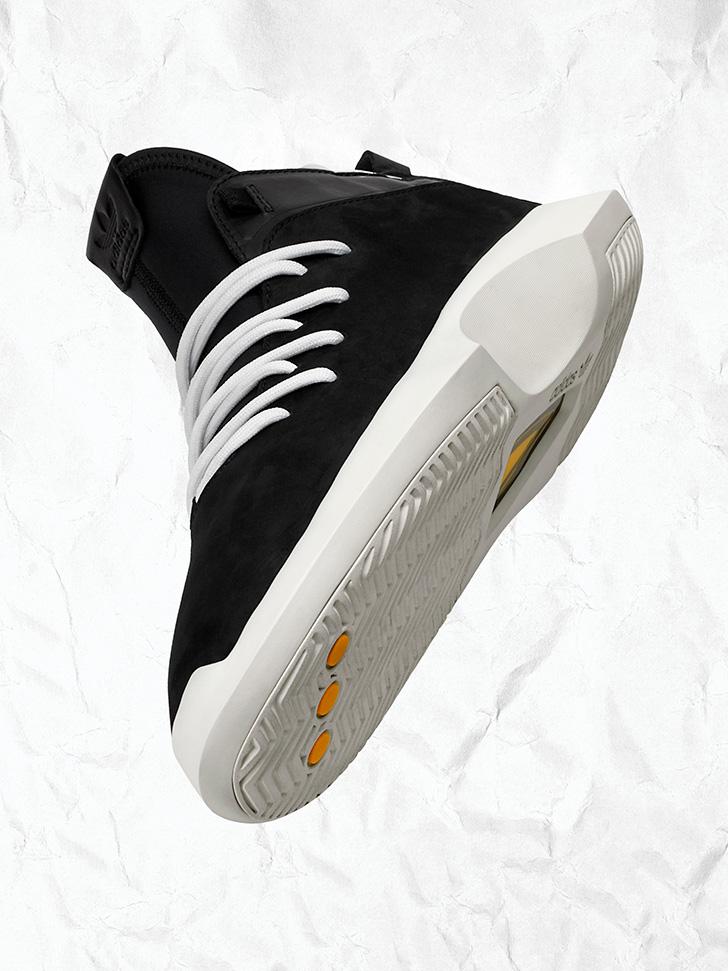 Photo07 - アディダス オリジナルスから、90年代を象徴するバスケットボールシルエットがモダンに進化したCRAZYコレクションが登場