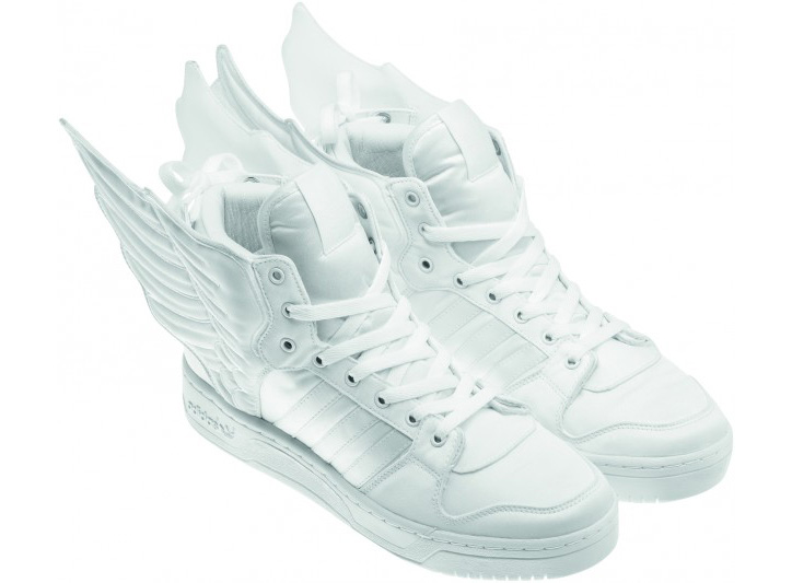 Photo05 - 2NE1 x ADIDAS JS COLLAGE WINGS & WINGS 2.0