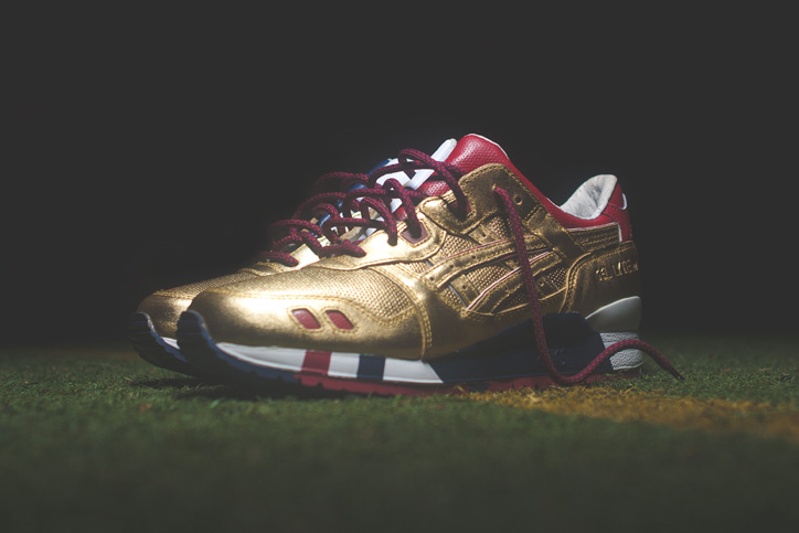"Photo03 - Ronnie Fieg x ASICS ""KITH Football Equipment"" Pack"