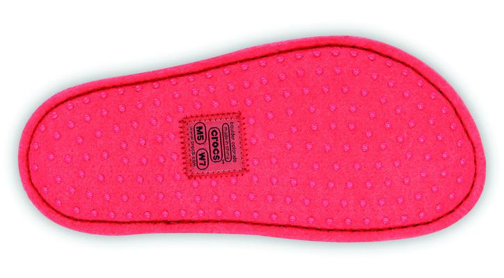 Photo16 - crocs からルームスリッパ crocslodge slipper が発売