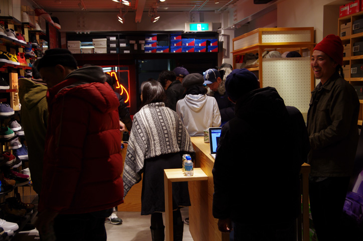 """Photo09 - UNDEFEATED TOKYO Store Exhibition """"WELCOME TO THE 2011 NIKE MAG"""" Recap"""