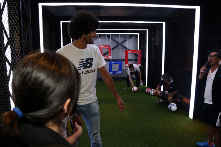 Photo18 - マンチェスター・ユナイテッド所属のマルアン・フェライーニ選手を招いた New Balance FOOTBALL 2015FW BOOTS REVEAL PARTY が開催