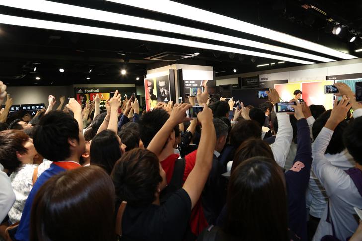 Photo07 - アディダスは、最新フットボールスパイク「X/ACE」の発売を記念して香川真司選手、槙野智章選手を招いたイベントを開催