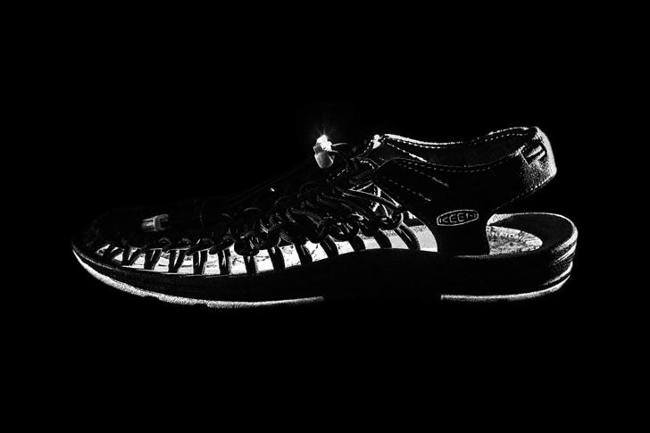 """Photo01 - キーンから、通称""""オープンエアスニーカー""""と呼ばれるUNEEKのmita sneakersコラボレーションモデルが登場"""
