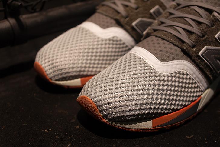 """Photo06 - ニューバランスから、鼠をデザインソースにmita sneakersとのコラボモデルMRL247 """"TOKYO RAT""""が発売"""