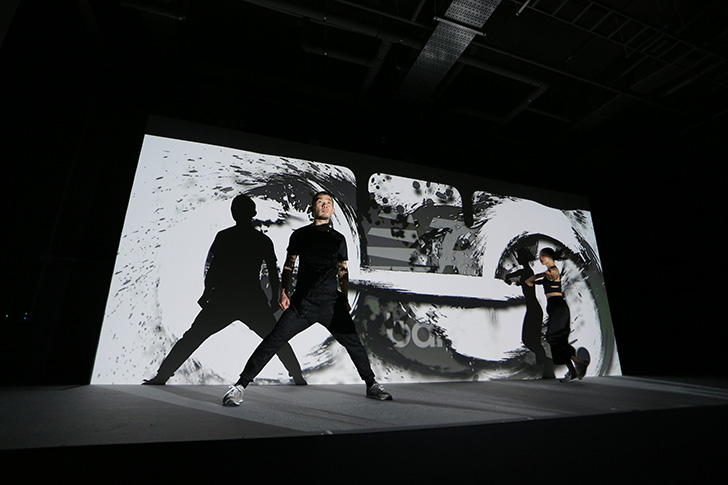 "Photo17 - ニューバランスを象徴する""グレー""の574の発売を記念したグローバルイベントNew Balance GREY DAYが開催"