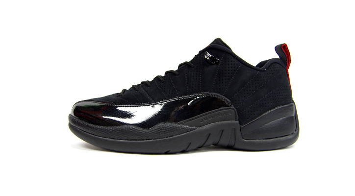 Photo02 - NIKE AIR JORDAN 12 RETRO LOW