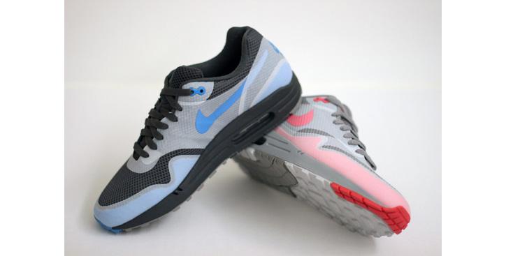 "Photo01 - Nike Air Max 1 ""Hyperfuse"""