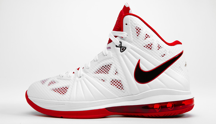 Photo02 - NIKE LEBRON 8 P.S.