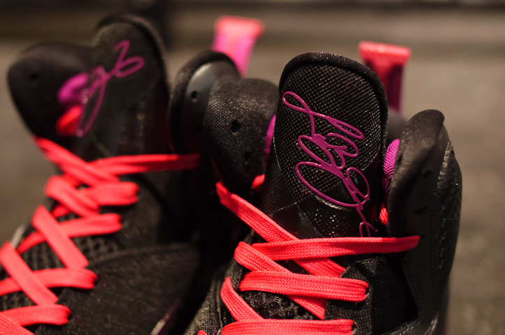 """Photo03 - NIKE LEBRON IX """"LEBRON JAMES&quot &quotLIMITED EDITION for NONFUTURE&quot"""