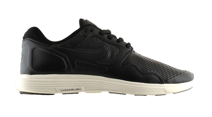 Photo02 - NIKE LUNAR FLOW PREMIUM