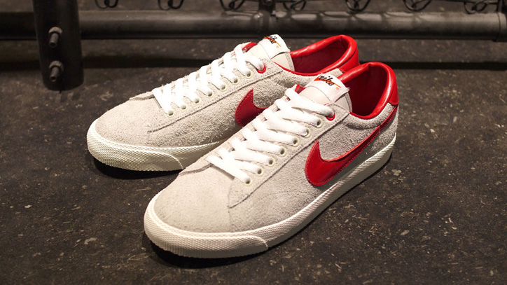 Photo01 - CLOT x NIKE TENNIS CLASSIC AC QS