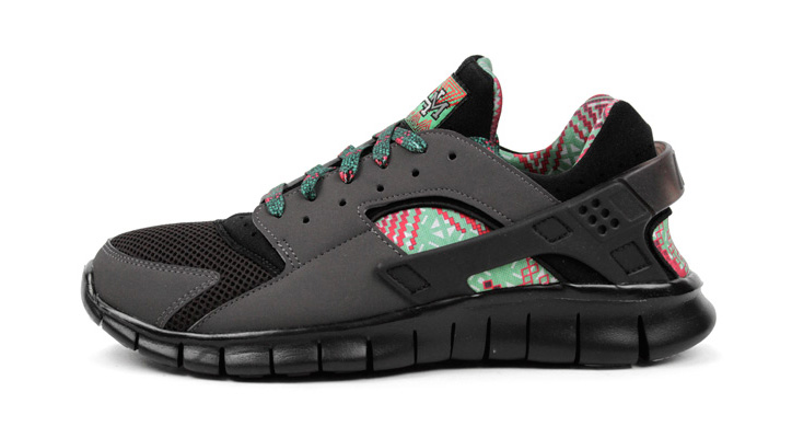 "Photo01 - NIKE HUARACHE FREE 2012 ""BLACK HISTORY MONTH"""