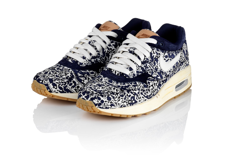 Photo03 - NIKE SPORTSWEAR x LIBERTY COLLECTION