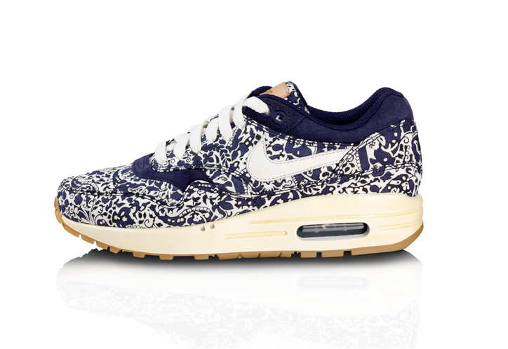 Photo04 - NIKE SPORTSWEAR x LIBERTY COLLECTION