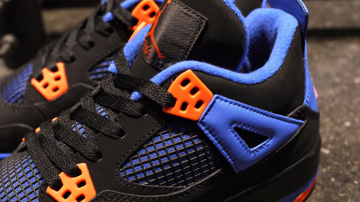 Photo04 - NIKE AIR JORDAN 4 RETRO BLACK/SAFETY ORANGE-GAME ROYAL