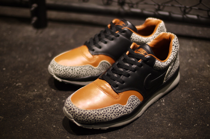 "Photo03 - NIKE AIR SAFARI QS ""LIMITED EDITION for NONFUTURE"""