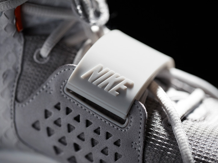Photo06 - NIKE AIR YEEZY Ⅱ