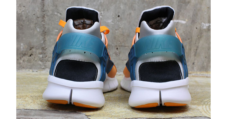 "Photo05 - NIKE HUARACHE FREE RUN ""INDUSTRIAL ORANGE"""